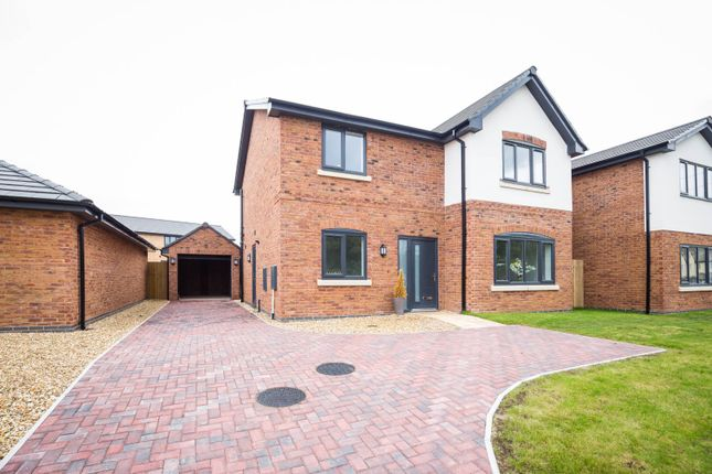 4 bed detached house for sale in Orchard View Close, Saughall CH1