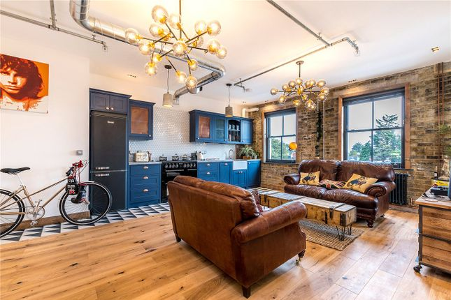 Thumbnail Flat to rent in Crib Apartments, 84-86 Gordon Road, London