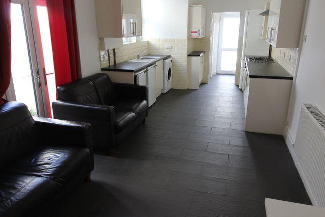 Thumbnail Property to rent in Llanishen Street, Heath, Cardiff