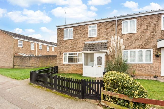 Thumbnail Semi-detached house to rent in Appleby Close, Banbury