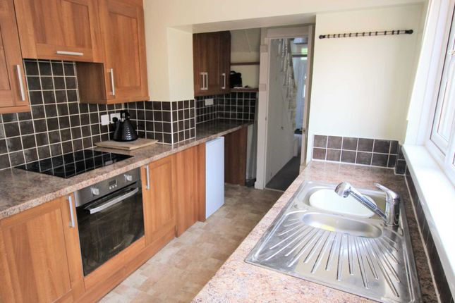 Thumbnail Terraced house to rent in Radford Avenue, Prince Rock, Plymouth