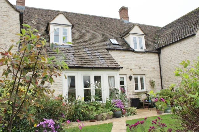 Thumbnail Cottage for sale in West Allcourt, Lechlade