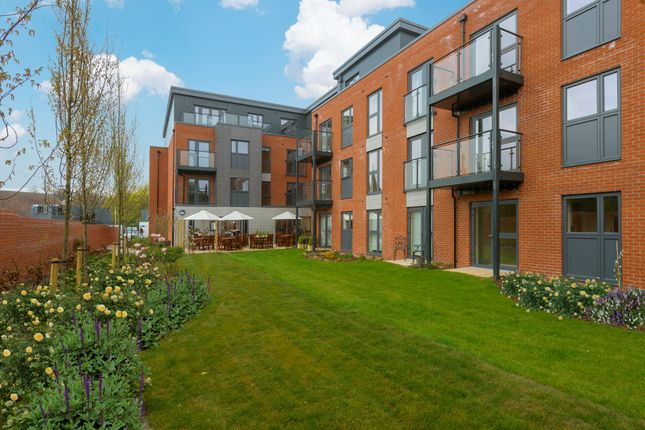 Thumbnail Flat for sale in Cross Keys, Lichfield