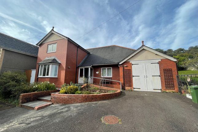 Thumbnail Property to rent in Sunnybank Road, Griffithstown, Pontypool