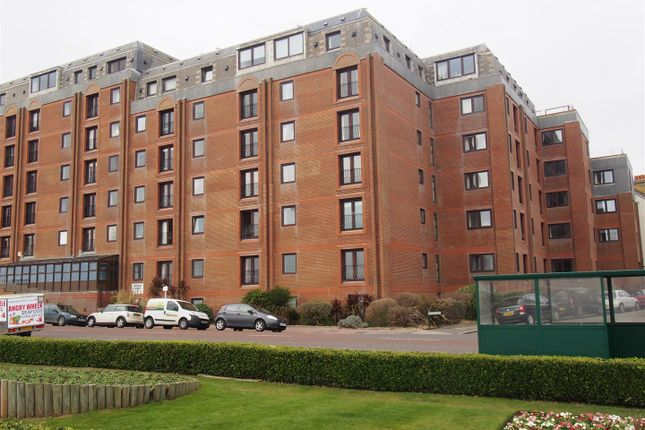 Thumbnail Flat to rent in Marina Court Avenue, Bexhill-On-Sea