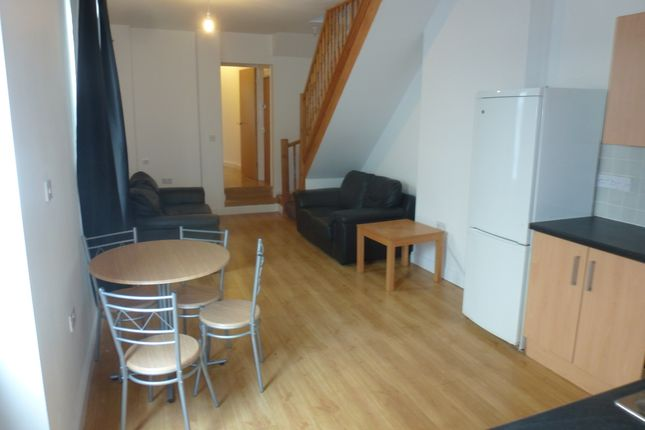 Thumbnail Duplex to rent in Plantagenet Street, Riverside