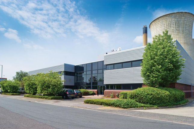 Industrial to let in 683 - 685 Stirling Road, Slough, Berkshire