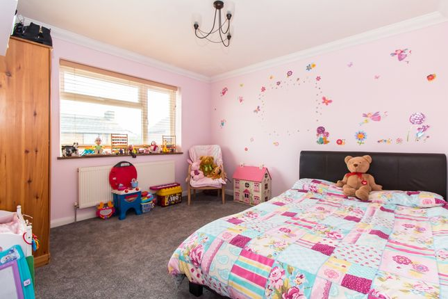 Bedroom of Maurice Road, Canvey Island SS8