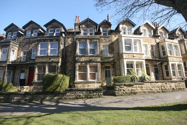 1 bed flat to rent in Valley Drive, Harrogate