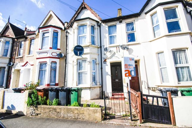Thumbnail Flat to rent in Millais Road, London