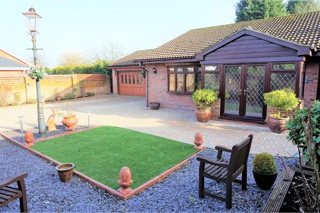 Thumbnail Detached bungalow for sale in London Road, Sevenoaks