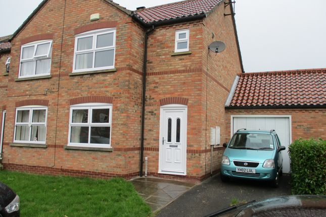 Thumbnail Semi-detached house to rent in Hansom Place, York