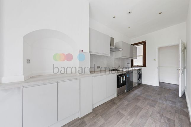 Thumbnail Terraced house to rent in Melfort Road, Thornton Heath