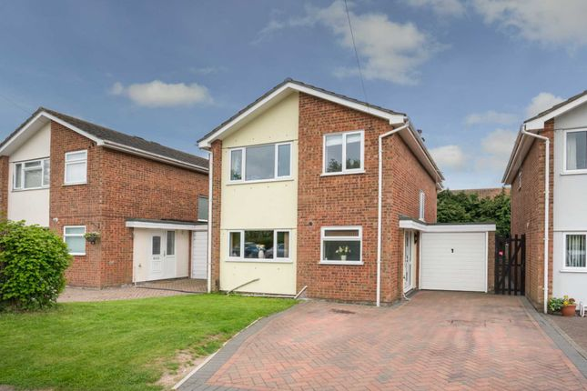 Thumbnail Detached house for sale in Briery Way, Hemel Hempstead Industrial Estate, Hemel Hempstead