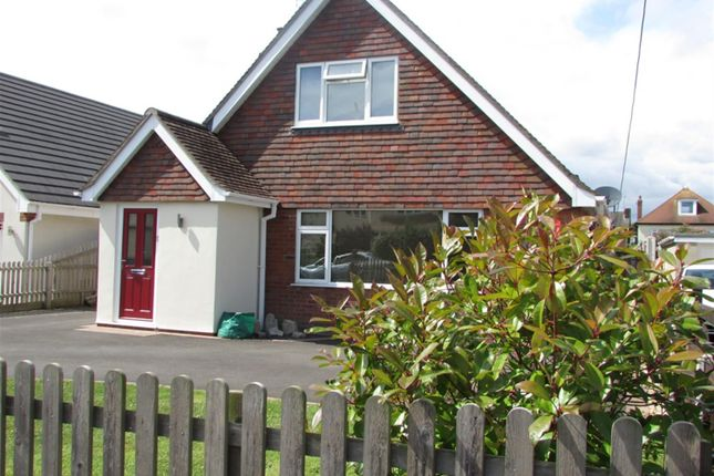 Thumbnail Bungalow for sale in Avenue Road, Walkford, Christchurch