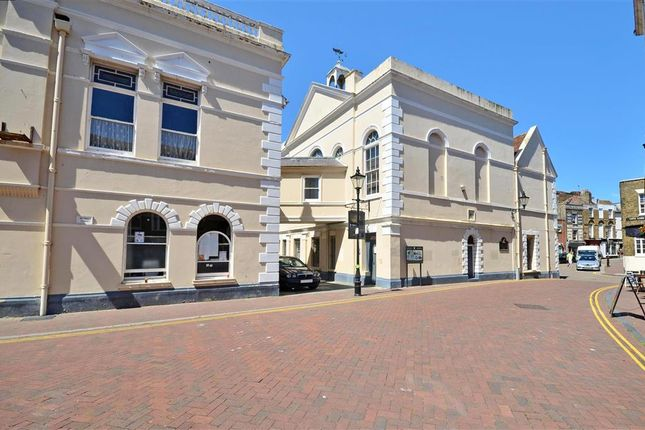 Flat for sale in Athelstan Road, Margate, Kent