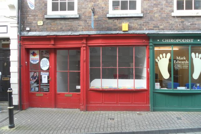 Retail premises to let in New Street, Worcester