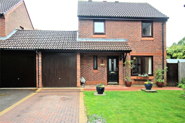 Thumbnail Link-detached house for sale in Woking, Surrey
