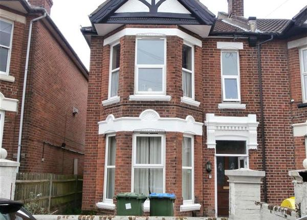 7 bed semi-detached house to rent in Cedar Road, Southampton