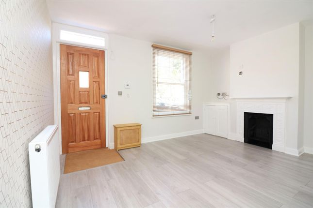 2 bed end terrace house for sale in Paradise Row, Sandwich CT13