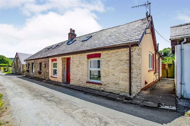 2 bed cottage for sale in Llanwnnen, Lampeter SA48