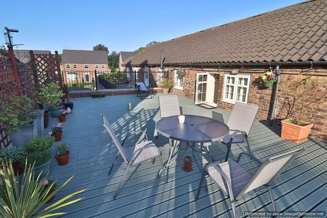 Thumbnail Cottage for sale in Brumby Hall Gardens, Scunthorpe