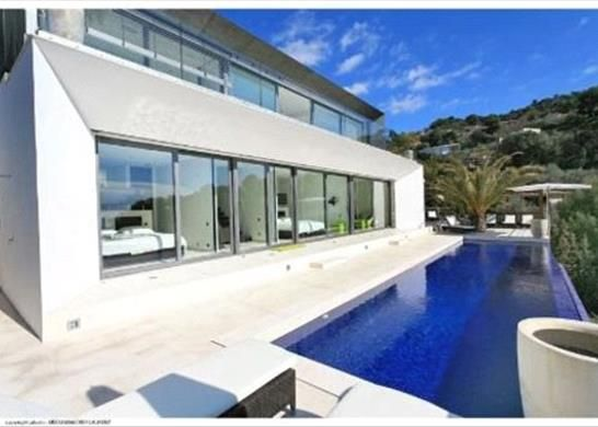 Thumbnail Town house for sale in Èze, France