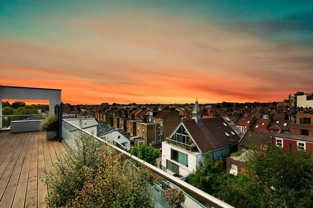Thumbnail Flat for sale in Wellington Road, London