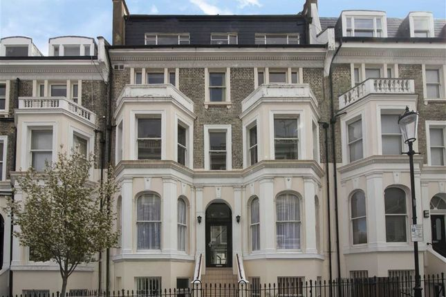 Flat to rent in Campden Hill Gardens, London