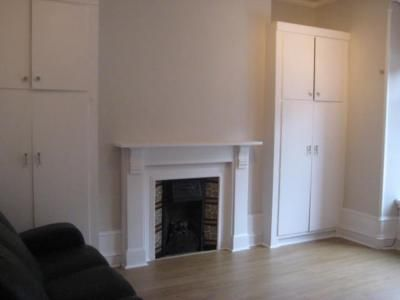 Thumbnail Flat to rent in Union Grove, Ground Right