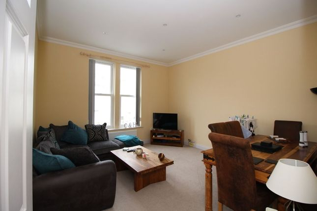 Thumbnail Flat to rent in Cavendish Road, Southsea
