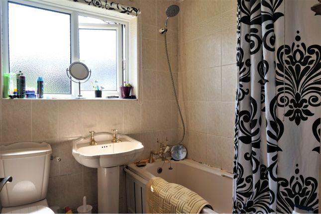 Bathroom of Elsdale Road, Paignton TQ4