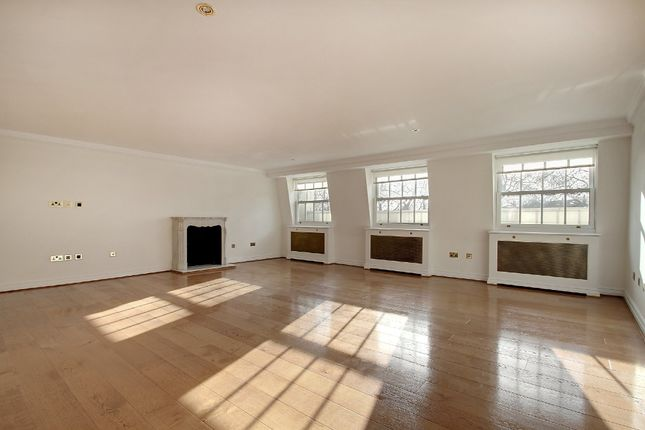 4 bed flat for sale in Hyde Park Square, London