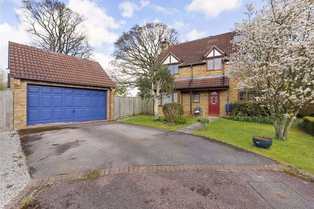 5 bed detached house for sale in Sovereign Chase, Staunton, Gloucester GL19