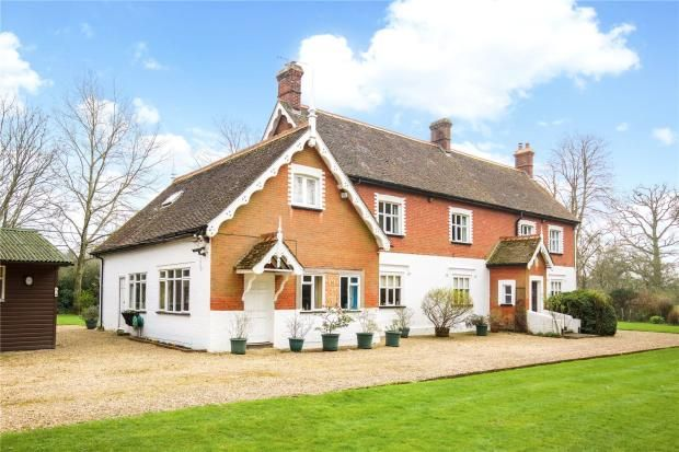 Thumbnail Detached house to rent in Langhurstwood Road, Horsham