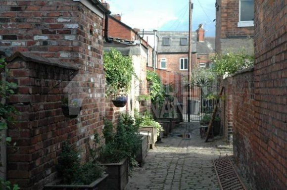 Thumbnail Terraced house to rent in Parkfield Street, Manchester, Greater Manchester