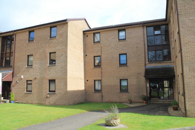 Thumbnail Flat to rent in Brodie Park Avenue, Paisley, 6Ja