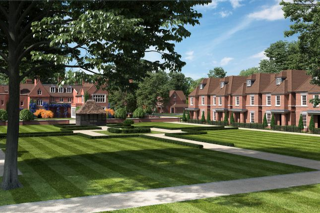 Thumbnail Detached house for sale in Broadoaks Park Road, West Byfleet