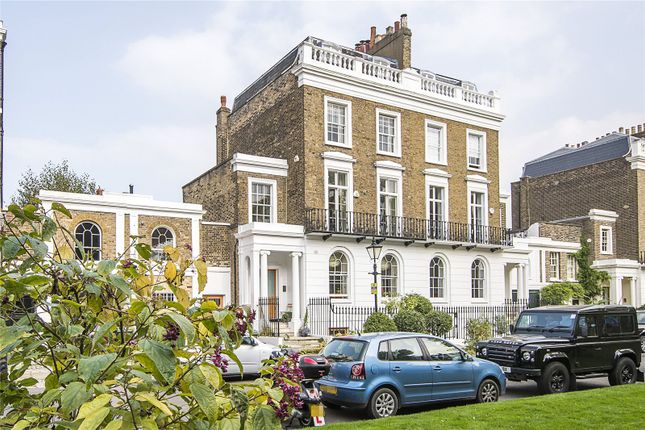 5 bed semi-detached house for sale in Crescent Grove, London