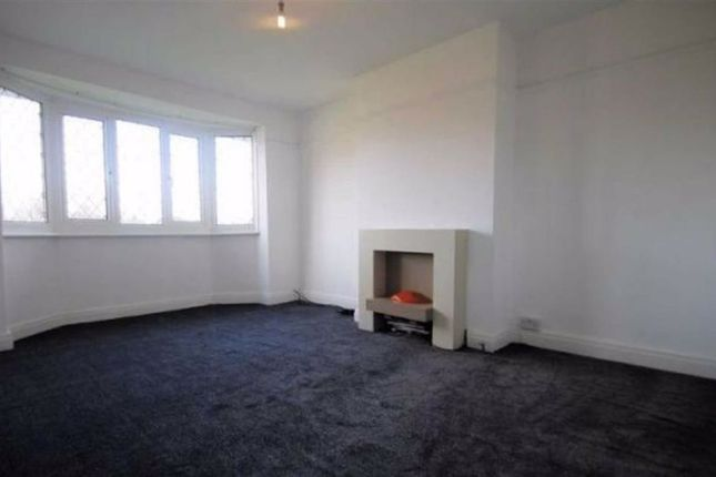 Thumbnail Flat for sale in Eleanor Court, Andover, Hampshire