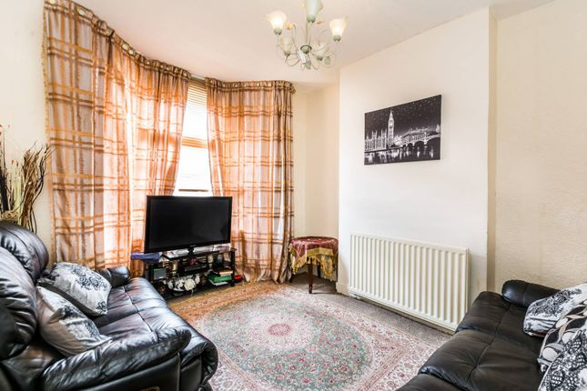 Thumbnail Property for sale in Chesterton Road, Plaistow