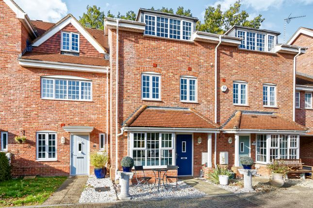 Thumbnail Terraced house to rent in Foundry Close, Hook