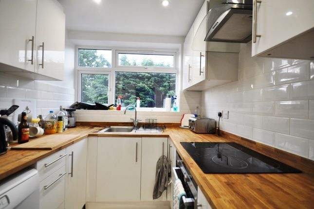 Thumbnail Property to rent in Queens Drive, Guildford