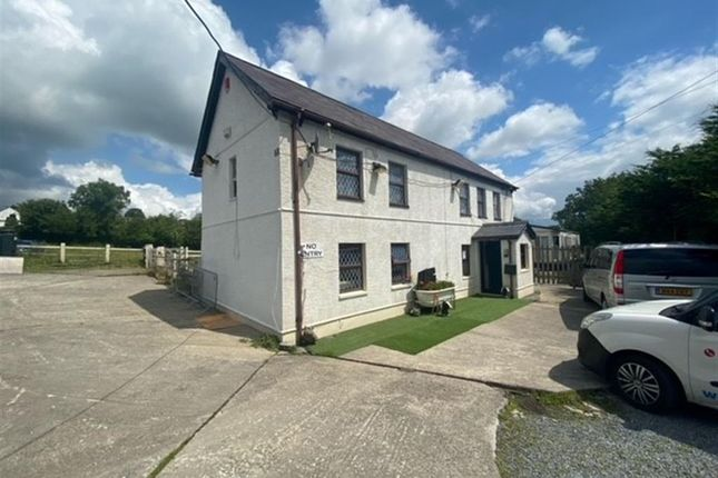 Thumbnail Farmhouse for sale in Heol Y Parc, Cefneithin, Llanelli