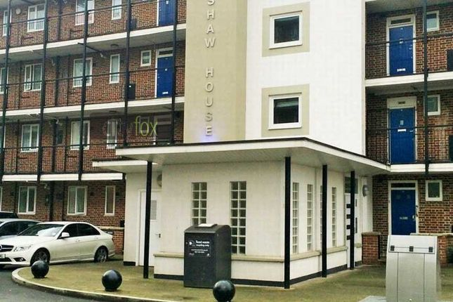 Thumbnail Flat for sale in Huntshaw House, Devons Road, Bow