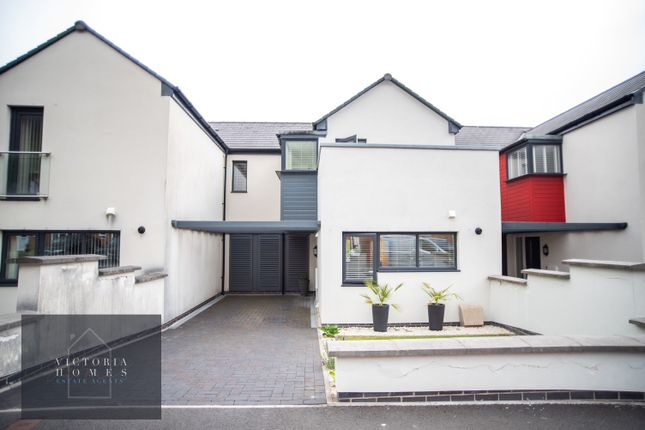 Thumbnail Terraced house for sale in Victoria Avenue, Victoria
