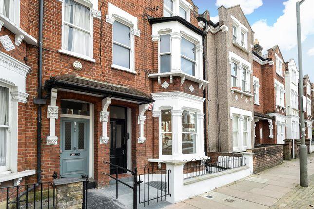 Thumbnail Flat for sale in Comyn Road, London