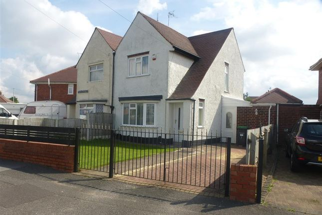 Thumbnail Semi-detached house to rent in Thompson Crescent, Sutton-In-Ashfield