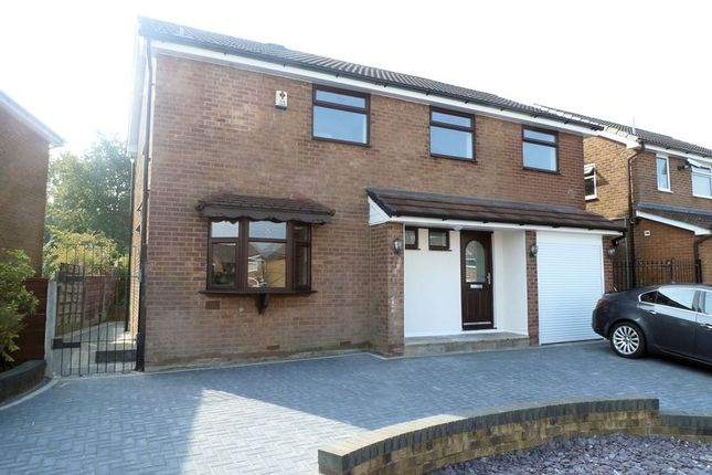 4 bed property for sale in Salisbury Avenue, Heywood