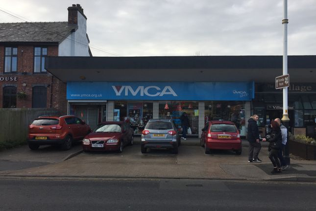 Retail premises to let in Three Tuns Lane, Formby